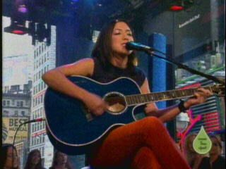 "Michelle singing ""Everywhere"" on TRL @ #4"